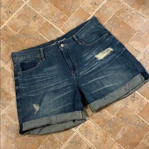 Old Navy boyfriend jean shorts size women's 10